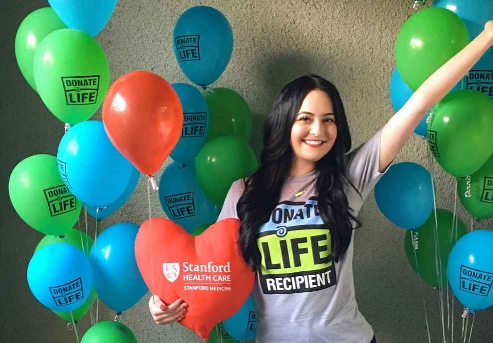 Alice in Donate Life shirt with SHC balloon